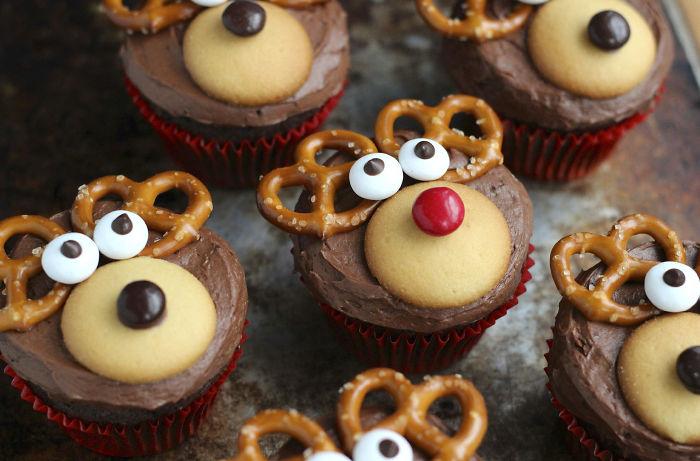 Recipe For Festive Hedghog Christmas Cake